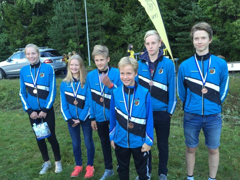 Menestyneet kouvolalaiset nuoret KLL-henkilökohtaisessa kilpailussa.