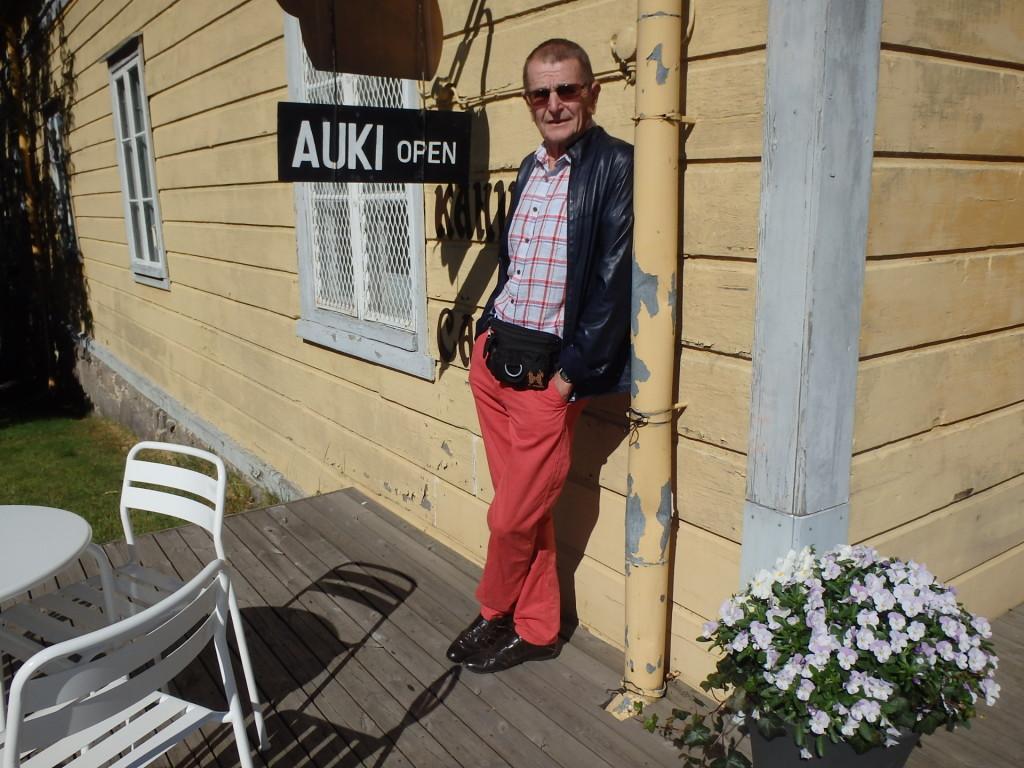 Turku on suurkaupunki ja hintataso sen mukainen. Ihan auki ei sentään vielä olla.
