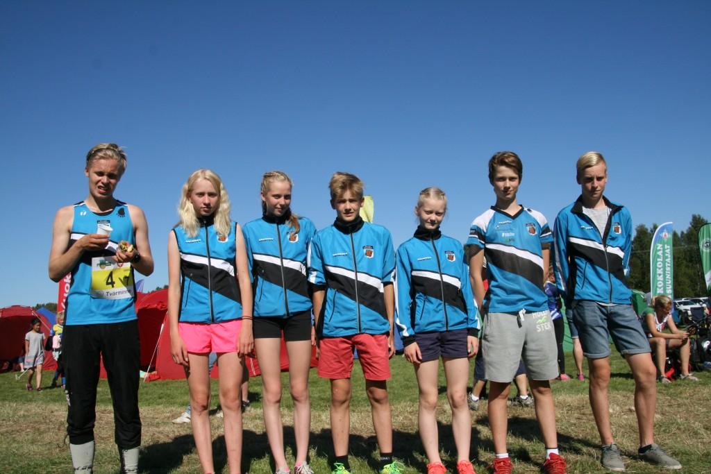 Tällä joukkueella KS oli hienosti taas kymppisakissa. Nuoret osaavat juosta ja suunnistaa. Tuulettamisessa ja riemuitsemisessa on vielä opettelemista:-)